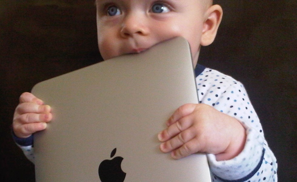 baby-with-ipad1_1337017600-cropped